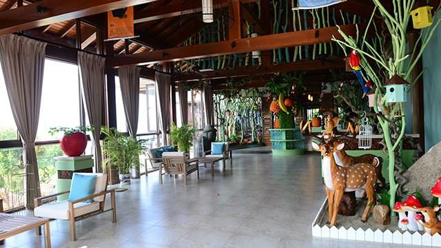 热带雨林餐厅 (2).jpg